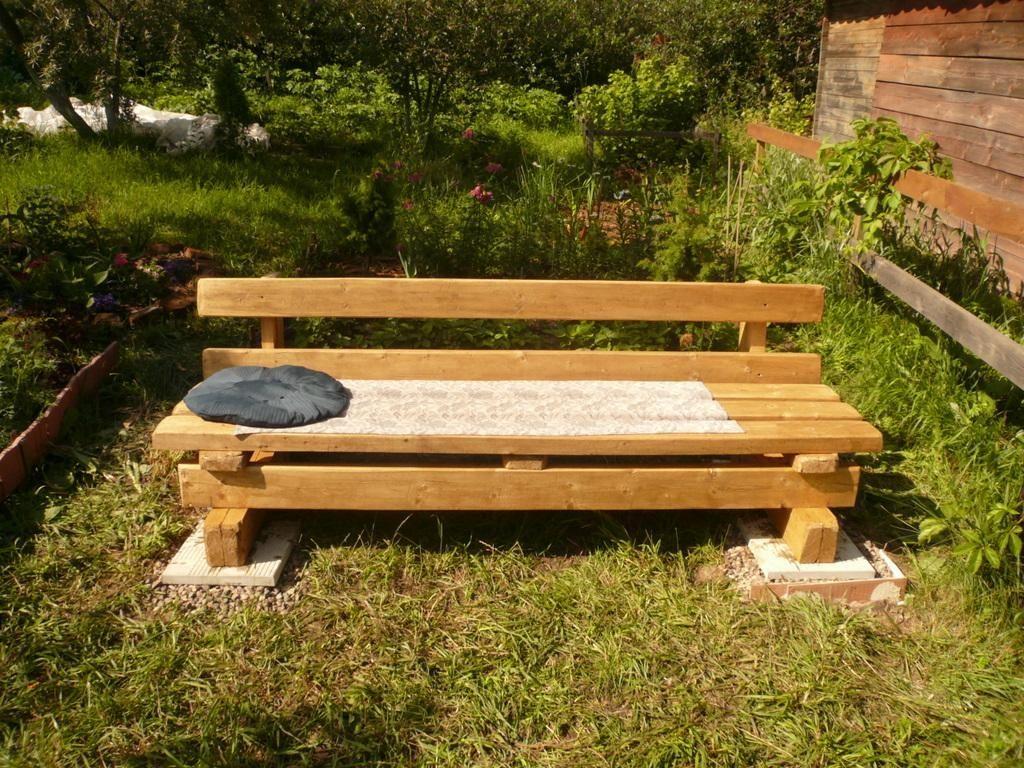 Скамейки и лавочки для дачи из дерева