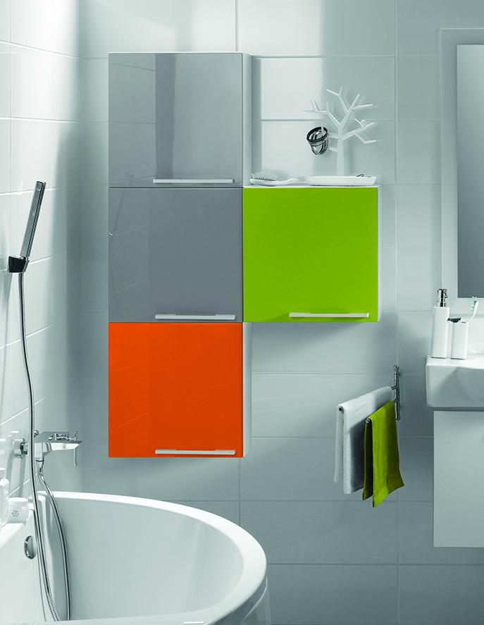 Настенный шкафчик в ванной комнате: разновидности по форме и материалу