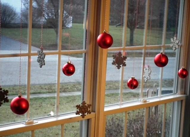 Оригинальные идеи украшения окна своими руками